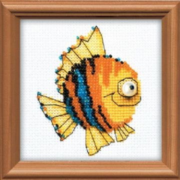 LITTLE FISH Cross Stitch Kit from Riolis. Suitable for older children or adults.
